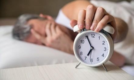 Sueño, inmunidad y mente, factores cruciales en la salud del adulto mayor
