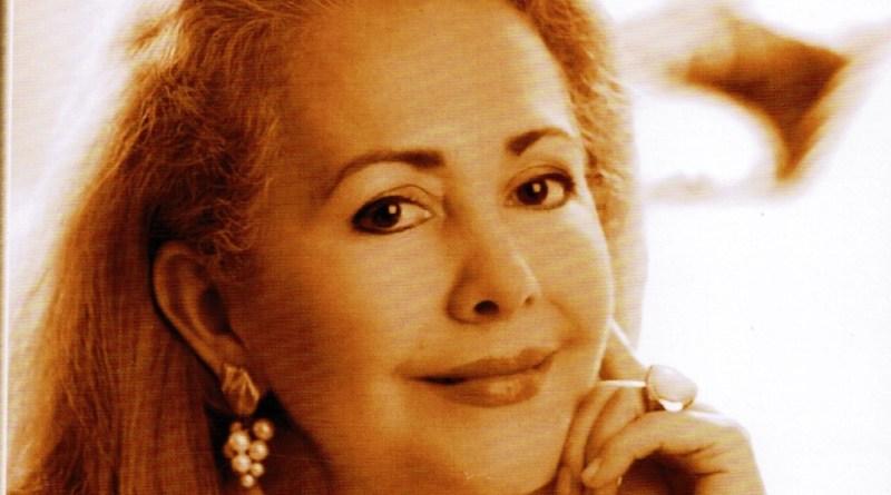 Lucia Cañas