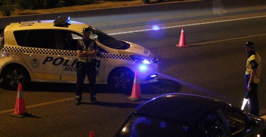 Detenido tras sobrepasar en 7 veces la tasa de alcohol y conducir en sentido contrario en Ciudad Lineal