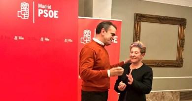 El líder socialista madrileño José Manuel Franco recibe el premio 'Rosa del Sur 2017'