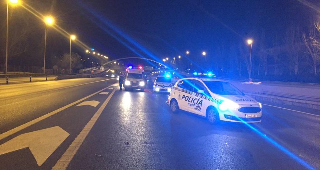 Una mujer de 60 años muere atropellada tras cruzar la M-30 a la altura del puente de Ventas
