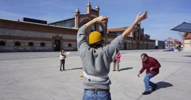 """Llega a Naves Matadero la obra """"Some things, from somewhere"""", de Cai Tomos y Debajo del Sombrero"""