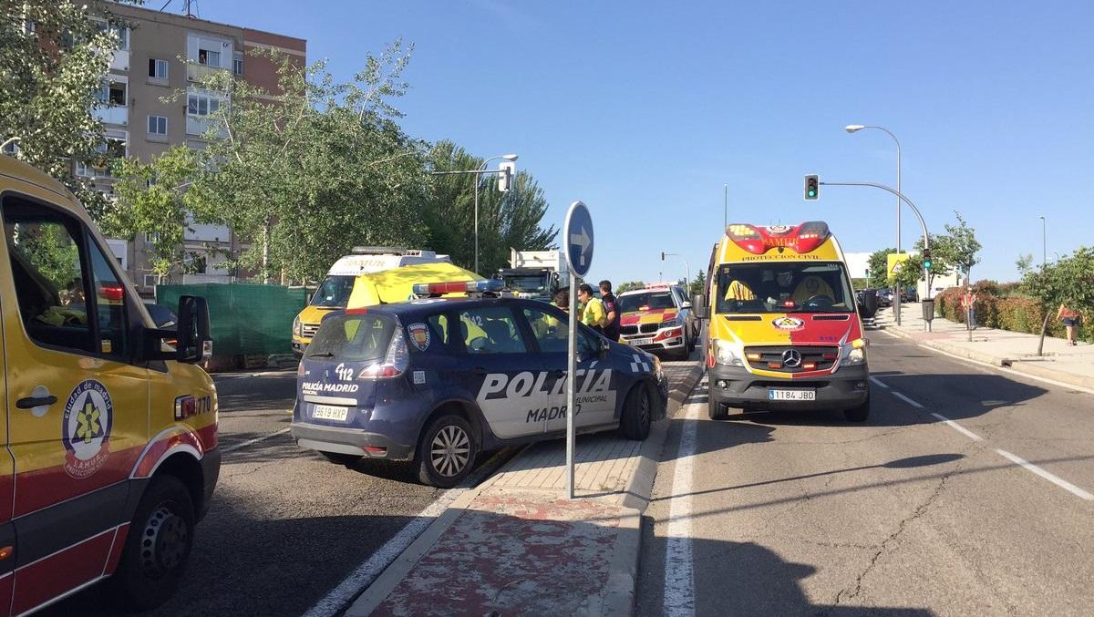 Una mujer de 86 años muere tras ser atropellada en la carretera de la estación de Hortaleza
