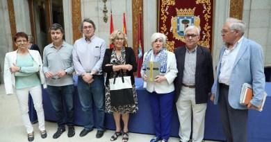 El Ayuntamiento de Madrid estudiará la retirada de los últimos vestigios franquistas de la ciudad