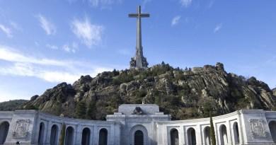 Convocan una concentración este jueves en Sol para reclamar la exhumación de los restos de Franco