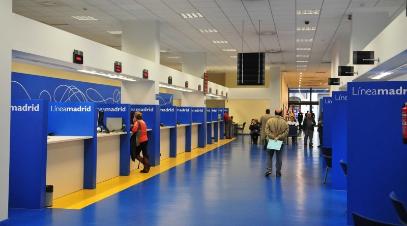 Ayuntamiento, CCOO y Ferrovial se reúnen para encontrar una solución al conflicto del 010-Línea Madrid