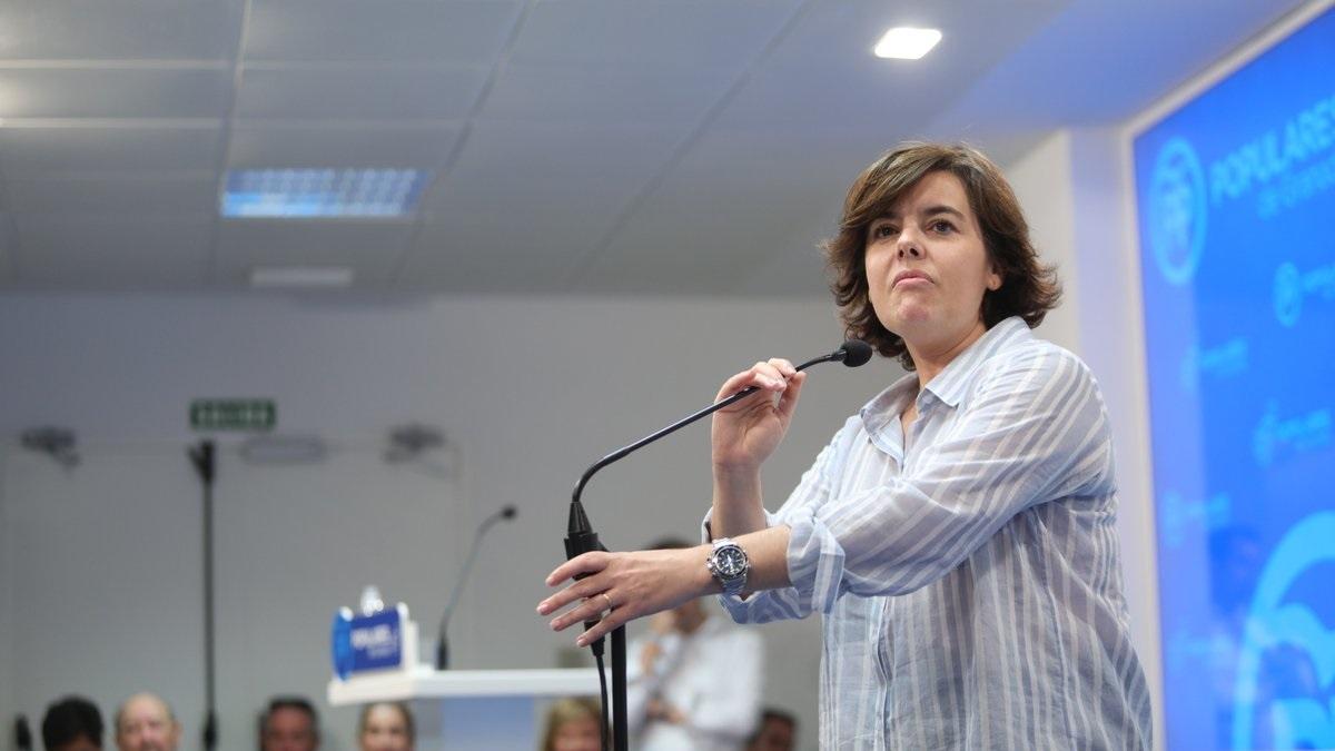 Soraya Sáenz de Santamaría cierra en Puente de Vallecas la campaña por presidir el PP