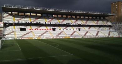 La Comunidad de Madrid autoriza el acceso del público al campo del Rayo para el partido de mañana