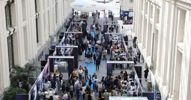 Arranca en Cibeles la I Muestra Tecnológica del Ayuntamiento de Madrid