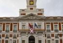 La sede de la Comunidad de Madrid luce un lazo rosa en el Día Mundial de la lucha contra el Cáncer de Mama