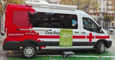 Una Unidad Móvil realiza este viernes pruebas rápidas de VIH en Puerta de Toledo