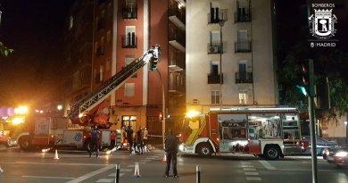 Los bomberos recibieron más de 200 avisos tras la fuerte tormenta de anoche en Madrid