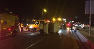 Un hombre de 38 años herido grave tras volcar con su furgoneta en Villaverde