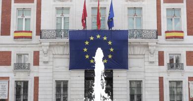 La Real Casa de Correos acoge un debate para promover el espíritu europeísta entre los jóvenes