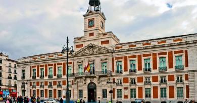 La Comunidad de Madrid aprueba 6.975 plazas en la oferta de empleo público de 2019