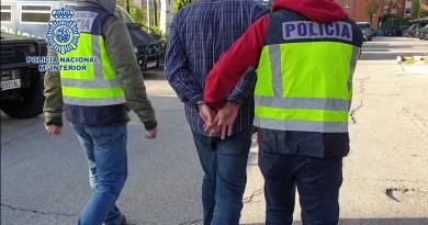 Detenidos dos hermanos por cometer 11 robos con violencia en Retiro a bordo de una motocicleta