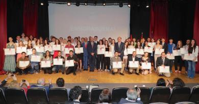 La Comunidad de Madrid entrega los Premios Extraordinarios a sus 80 mejores alumnos