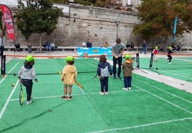 Madrid Río se viste este domingo de pistas de tenis como anticipo de la Copa Davis