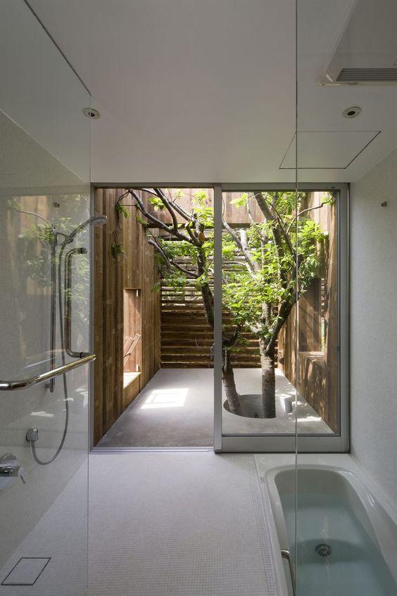 Phòng tắm kết hợp thiên nhiên xanh