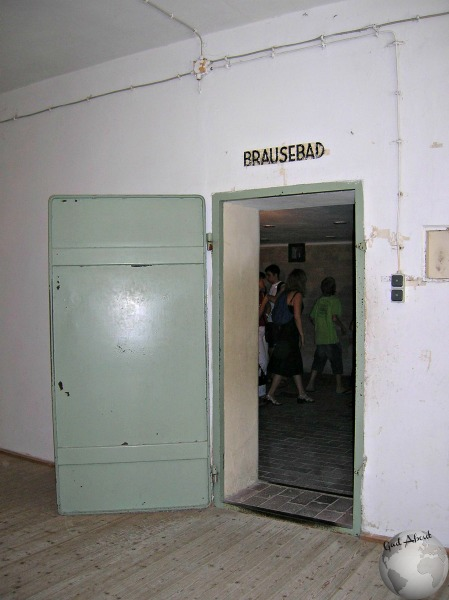 Dachau_Gas Chamber entrance_2752695910096713974