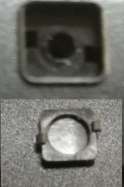 ネジ隠しのゴムをつける土台とゴム