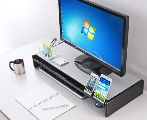 デスクトップをすっきり整理できるモニター台