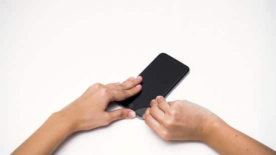 replace a tempered glass screen protector