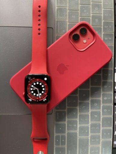 Apple watch vs Fitbit