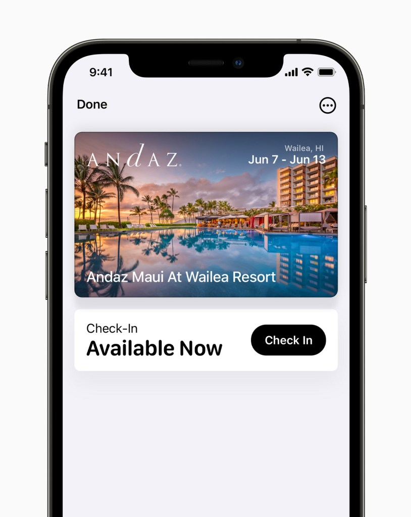 Apple iPhone12Pro iOS15 wallet hotelkeys 060721