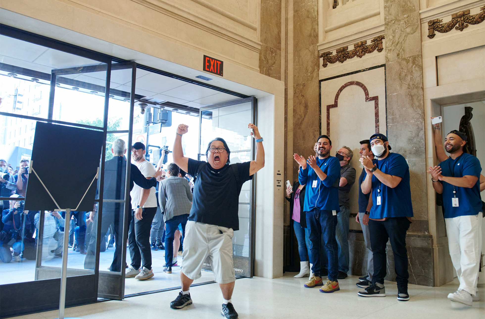 Apple Tower Theatre now open in downtown LA excited guest entering store 062421
