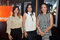 1. Prinicipal Elizabeth Santana, Liza Arzeno y Karen Alvarez