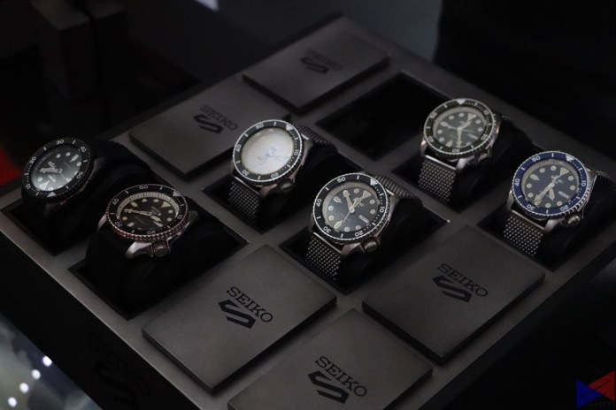 Seiko 5 Sports - Suits
