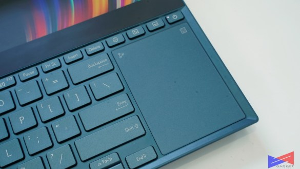 ASUS Zenbook Pro Duo Review Trackpad