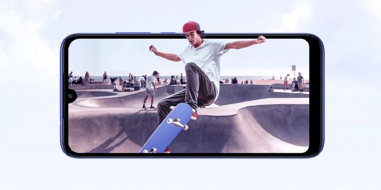 Meskipun sudah berdiri di kakinya sendiri Xiaomi Redmi 6 vs Redmi 7 – Yakin Gak Mau Ganti?