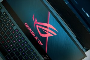 Asus ROG Zephyrus Duo 15 GX550 Review – If The Rock Was a Laptop