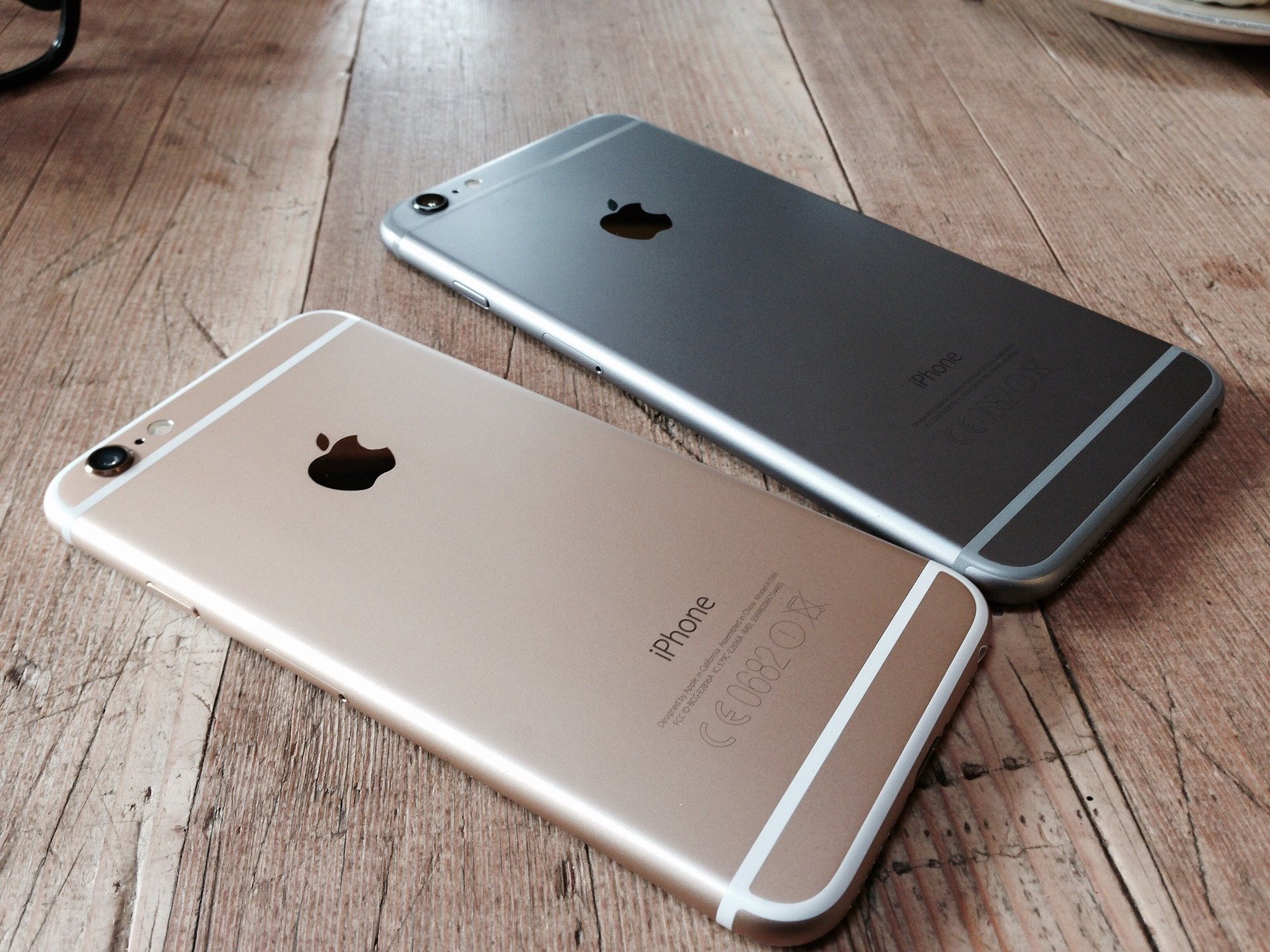 Apple plans to launch iPhone 5se and iPad Air 3 in March