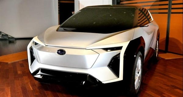Subaru's first electric SUV concept