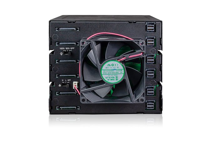 Using Icy Dock ToughArmor MB924IP-B, up to 24 drives can be installed in three 5.35 '' bays
