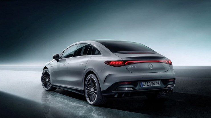 This is what the electric Mercedes-Benz E-Class looks like.  Daimler has unveiled the Mercedes-Benz EQE with a range of 660 km and a 288 hp electric motor.