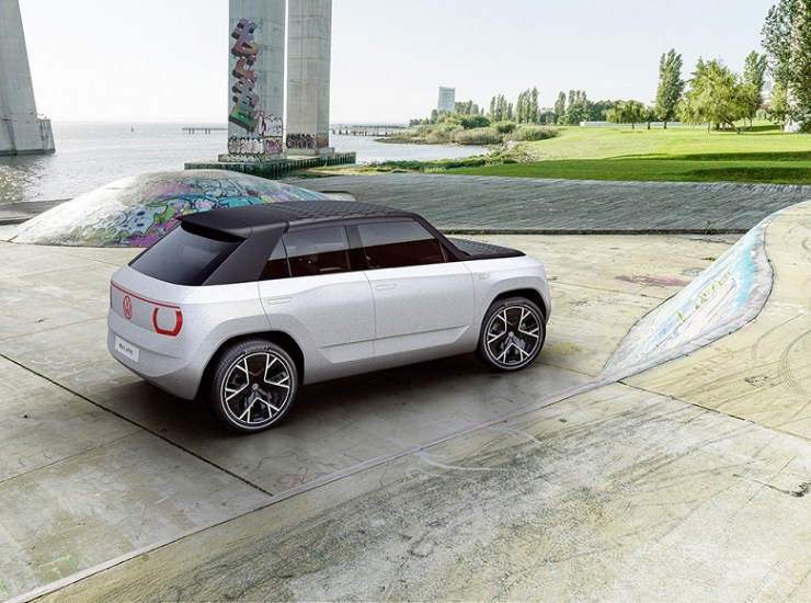 Looking to the future: Volkswagen ID crossover unveiled.  Life with a power reserve of 400 km