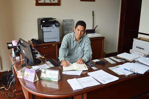 Dr. Pedro Idrovo
