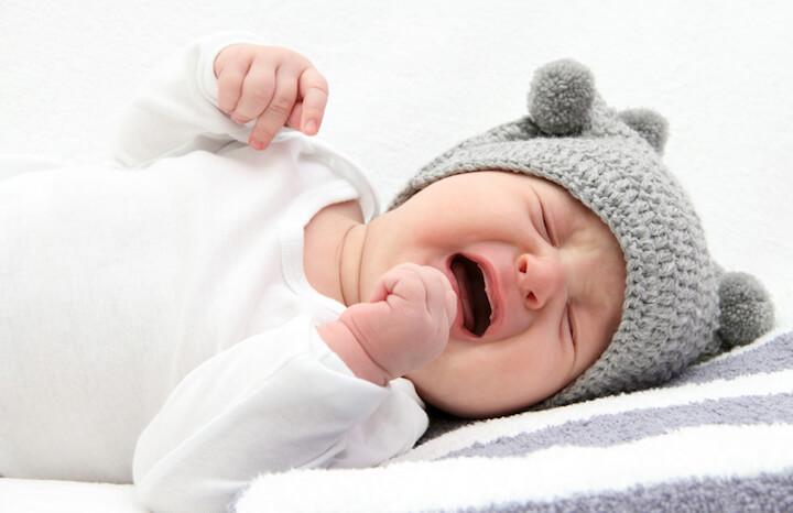 Baby schlaeft micht und weint | © panthermedia.net / nikkos
