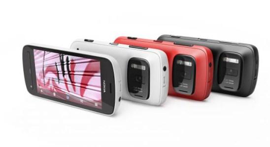 Nokia 808 PureView con cámara de fotos de 41 megapíxeles.