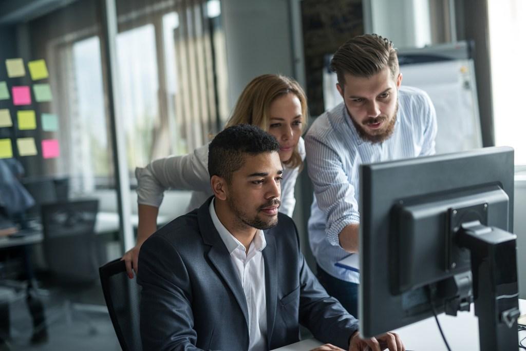 Confira os benefícios de realizar a avaliação de performance na TI
