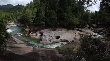 DSC08616 - The boulders à Babinda (Copy)