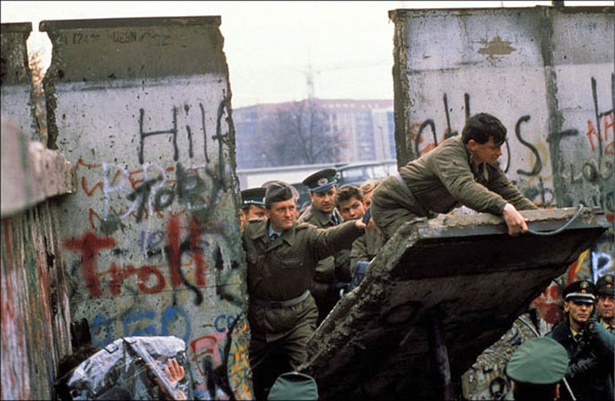 1 Caduta 1989-11-11-caduta-muro-berlino