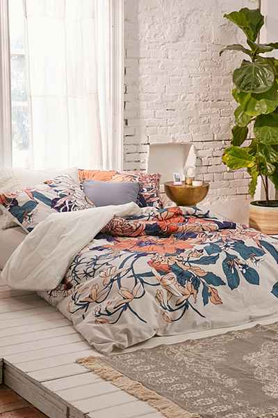 urban outfitters duvet cover floral print