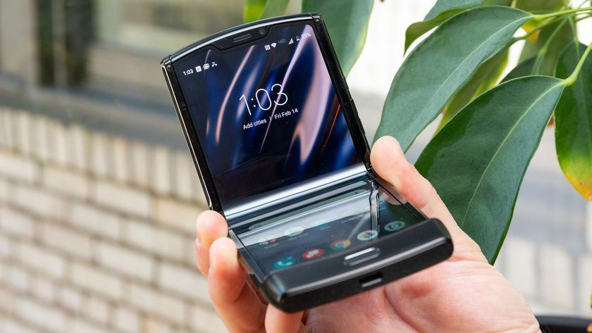 Официально: Lenovo представит второе поколение «раскладушки» Motorola RAZR в сентябре