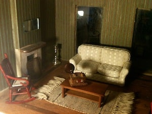 Family Passes Down Antique Dollhouse for 138 Years