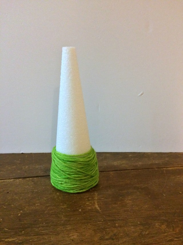 This Yarn-Wrapped Christmas Tree is off to a good start! Check out the rest of the tutorial on GagenGirls.com